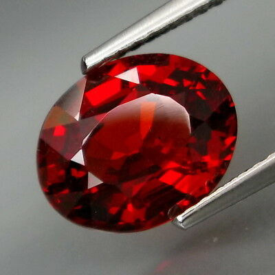 3.89Ct.Outstanding Color! Natural Red Spessartite Garnet Africa Good Cutting!