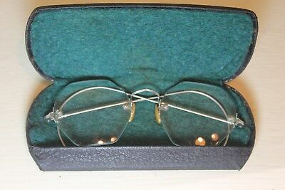 Antique Rimless Silver Wire Frame Eyeglasses With Hard Case
