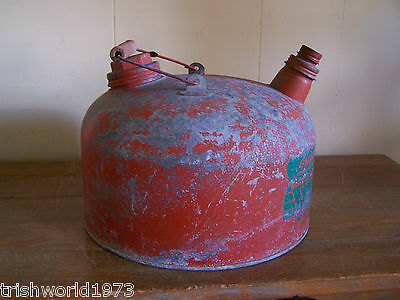Vintage Eagle Red Galvanized 2 1/2 Gallon Gas Can Wood Handle Man Cave Decor