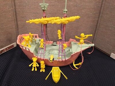 """""""Walt Disney's"""" Mickey Mouse """"Ideal Toy"""" Old Fashioned Sailing Vessel 1956"""