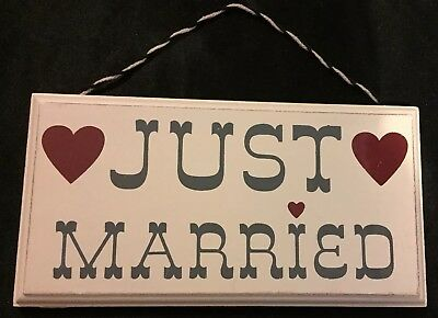 Vintage Distressed Cream Heart Just Married Wooden Hanging Sign Plaque Wedding