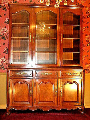KINDEL Buffet China Cabinet Grand Rapids Milano French Provincial 31-25, 31-52