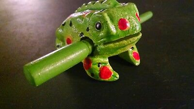 Green  Wooden Frogs Musical Instrument Handcraft Wood Toy Percussion Frog Ribbit