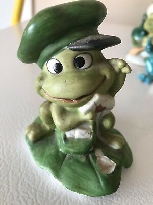 Frog with green hat