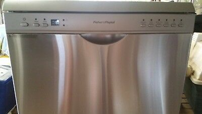 fisher paykel dishwasher DW60CDX2