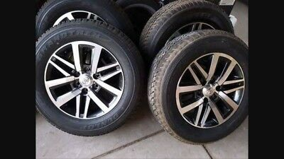 """Hilux Sr5 18"""" Wheels And Tires X 5"""