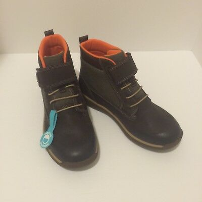 Stride Rite size 2.5 Boys Kids M2P Barclay brown Boots Shoes NEW