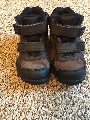 Boys Stride Rite Rugged Ritchie 2 Boot Sneakers Shoes Size 7M Brown/black  Sho94