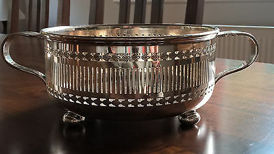 Vintage Silver Plate Twin Handled Bowl Stand Pierced Sides 18cm diameter 482g