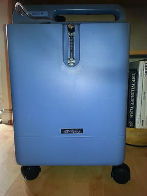 Philips EverFlo Oxygen Concentrator, 3 months USED,Light Weight, UK seller