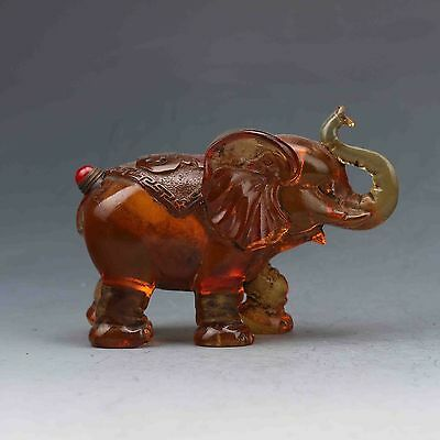 Chinese Colored glaze Hand-carved Elephant Snuff Bottle