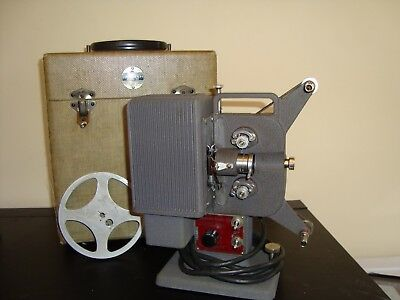VINTAGE EASTMAN KODAK KODASCOPE EIGHT 33 8mm MOVIE PROJECTOR Parts or Repair