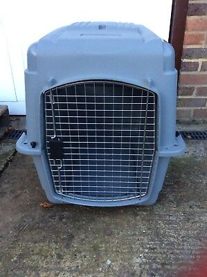 Dog Crate / Petmate Sky Kennel Ultra