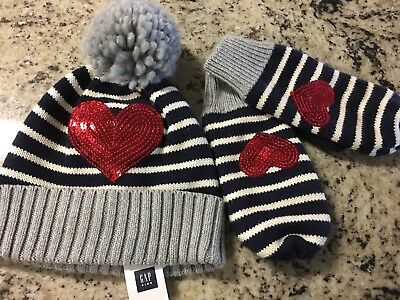 New with tags Gap gloves and toboggan girls size s/m