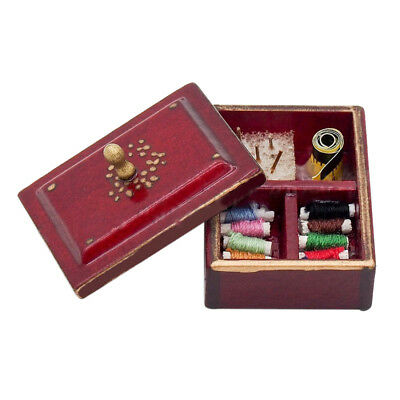 1:12 Miniature Vintage Sewing Box with Lid Winered Dollhouse Decoration Acc D6I3