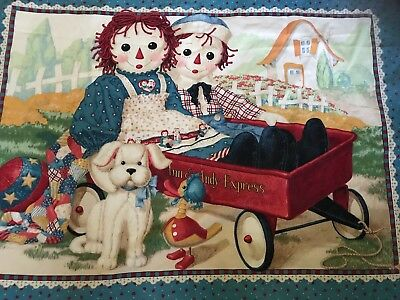 Raggedy Ann & Andy Quilt Wall Hanging Comforter Blanket Express Wagon Baby