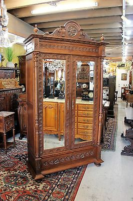 Beautiful Antique French Carved Oak Brittany 2 Door Armoire / Cabinet.