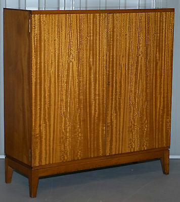 Fully Stamped I.n.s Apr 1964 Nissenba & Sons Ltd Light Mahogany Bookcase Cabinet