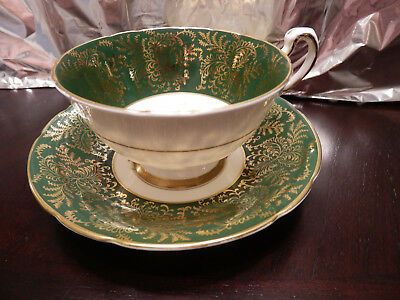 Paragon Tea cup & Saucer, Green & Gold with floral centre - A4751