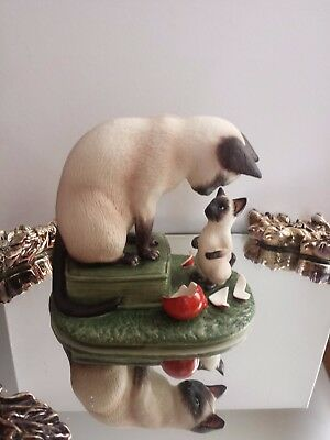 Limited Edition Irene Spencer- Seal Point Siamese Cats Figurine-Roman