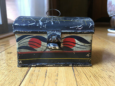 Antique early 19 th century American Toleware decorated painted small tin box
