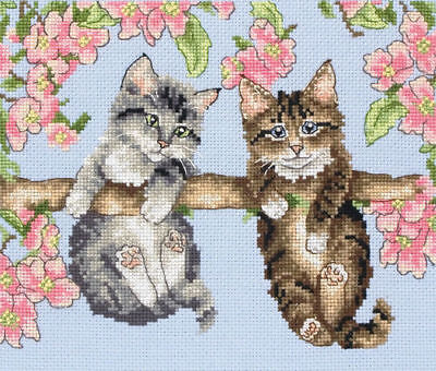 Hanging Around Cross Stitch Kit by Anchor