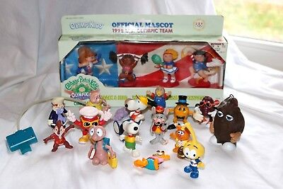 Lot of 20 Vintage PVC Collectable Figures ET Snorks Snoopy PAC MAN Cabbage Patch