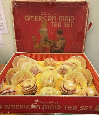 1940's Akro Agate Octagonal Lemonade & Ox Blood 19-Piece Tea Set in BOX