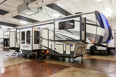New 2018 379FLOK Front Living Room Luxury 6 Slide-Out 5th Fifth Wheel, Sleeps 6