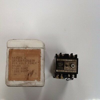 GE Time Delay Relay CR122BT02022B
