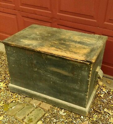 ANTIQUE WOOD DOVETAIL TOOL BLANKET CHEST OLD PAINT HEART SHAPE LOCK..LATE 1800s