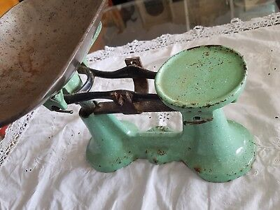 Rare Vintage Green Enamel Kitchen Scales