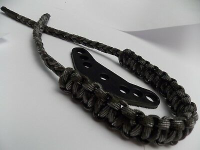 (WITH COBRA BRAID) - Touch of Grey Camo Paracord Bow Wrist Sling By