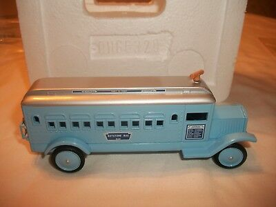 "HALLMARK KIDDIE CAR CLASSIC..1932 KEYSTONE..""COAST-to-COAST BUS"" LIMITED EDITION"