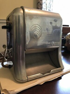 antique toaster Delta Pop-Down