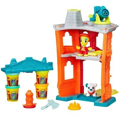 PLAY-DOH Town Firehouse Playset (Multi-Colour). Hasbro. Free Delivery
