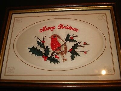 ORIGINAL LITTLE VINTAGE EMBROIDERED ROBIN CHRISTMAS PICTURE in Frame