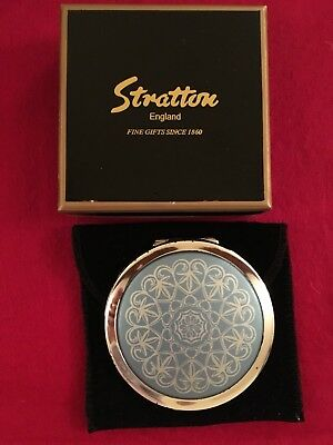 Stratton Mirror Compact With Box