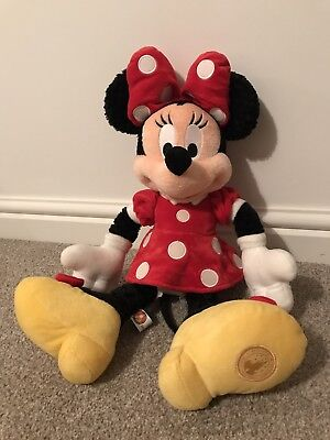 Authentic Disney Theme Parks Minnie Mouse collectable plush soft toy BNWT
