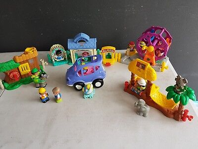 Little people fisher price. Bulk lot of 5 playsets and 14 figures