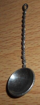 Coin spoon with Australia 1914 silver shilling
