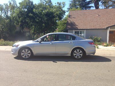 2009 Honda Accord  HONDA ACCORD 6 cyl RELIABLE, Lo milage 1-owner, 6 CD PLAYER, hear entire book!