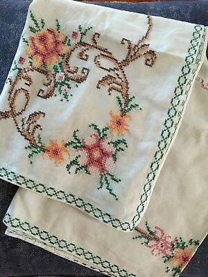Small CROSS STITCH EMBROIDERED TABLECLOTH - 87 X 84cm - VINTAGE