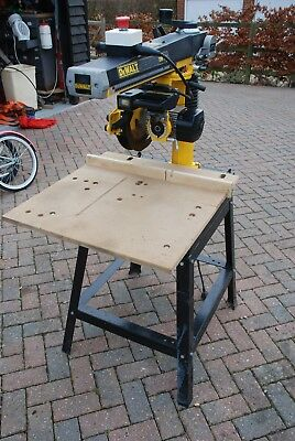 DE WALT 720 Radial Arm Saw - LITTLE USED WITH STAND