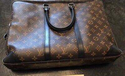34e78db6603be Original Louis Vuitton Aktentasche Porte Documents Voyage Monogram Macassar
