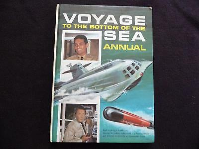 Voyage to the Bottom of the Sea Annual 1967 (LOT#881)