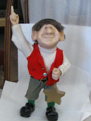 """ELF Zims """"Reach For The Stars"""" 12"""" Holding a star pointing up w/ hand stand only"""
