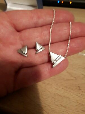 925 silver trangle earrings and pendant