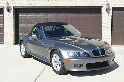 2002 BMW Z3 Roadster 2.5i 2002 BMW Z3 Roadster Auto Convertible - Only 26k Miles!