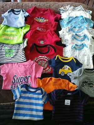 Newborn and 0-3 month Lot Variety one pieces Mixed EUC Baby UNISEX Clothes